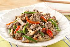 牛肉と彩り野菜のペッパー炒め