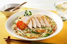 サラダチキンとたっぷり野菜の冷やし中華