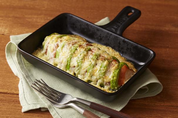 サラダチキンとアボカドの簡単チーズ焼き