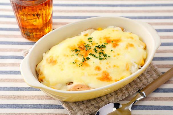 レンチンホワイトソースで簡単! サラダチキンのチーズドリア