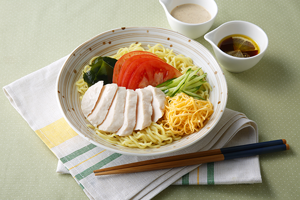 2種のたれで楽しむサラダチキンの冷やし中華